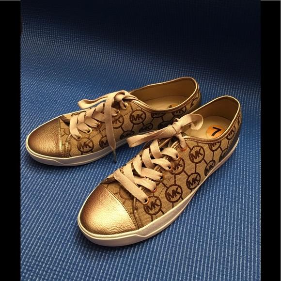 KORS Michael Kors Shoes   Hp New Mk