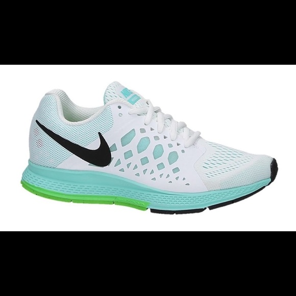 Nike Air Zoom Pegasus 31 Running Shoes