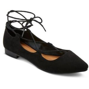 Mossimo | black faux suede lace up flats