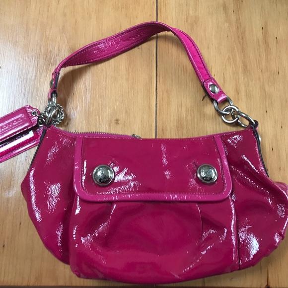 Pink patent leather shoulder bag UVDbv