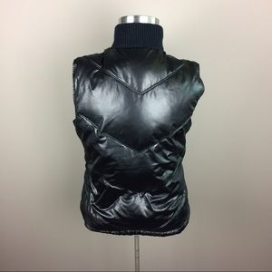 Old Navy Jackets & Coats - LAST CHANCE! Old Navy black puffer vest