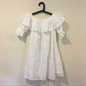 Dresses - Like new white ruffle off the shoulder dress