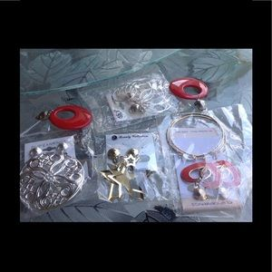Jewelry - 5 pair new clip on earrings