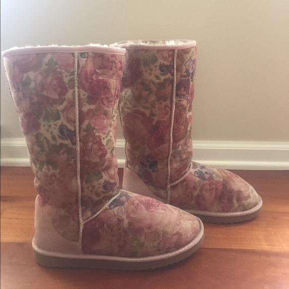 52 off ugg shoes limited edition rose floral tall ugg. Black Bedroom Furniture Sets. Home Design Ideas