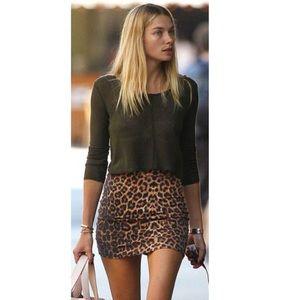 🍇🍇 Forever 21 Leopard Print Mini Skirt