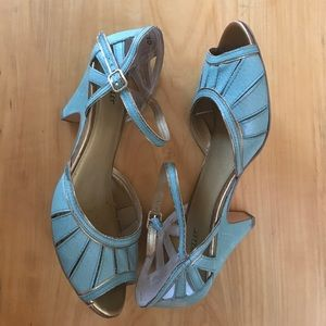 Seychelles Turquoise and Gold Heels