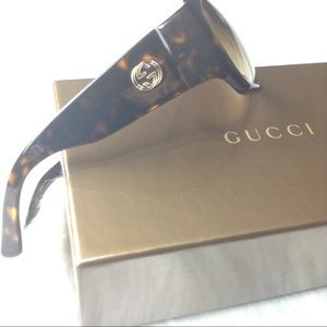 Gucci Wrap Sunglasses