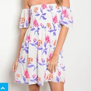 Dresses & Skirts - Off the shoulder floral dress