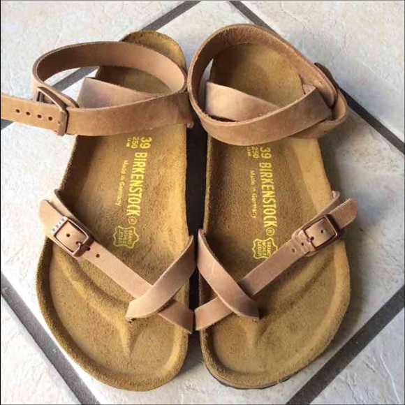 énorme réduction 03f05 178c6 ISO Birkenstock Yara 35 or 36 Antique Brown