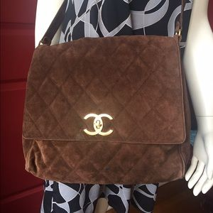 Awesome  authentic CHANEL suede crossbody.