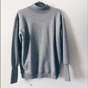 Grey over size crew neck sweater