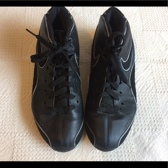 How To Clean Nike Shox Suede Shoes