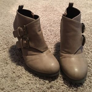 Restricted booties. Size 8