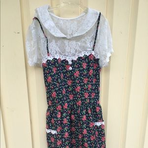 Dresses & Skirts - Blue and White Lace Collar Floral Dress