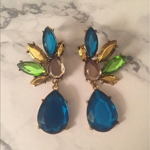Jewelry - Blue, green, champagne & gold statement earrings!