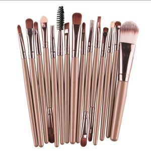 Other - 15 Piece Makeup Brushes & Contour Palette