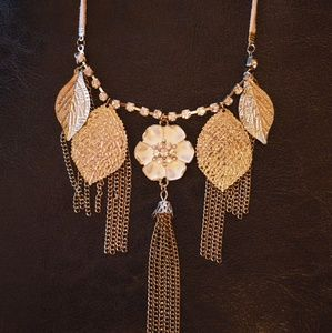 Jewelry - Necklace w Gold Leaves Beaded Flower, Suede Band