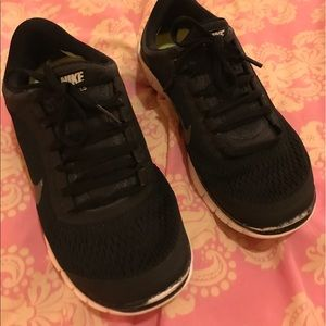 Nike Shoes - Nike Free Run 3.0 US Women's 7