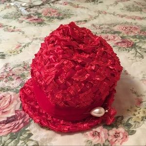 Vintage Red Hat w/ Pearl Hatpin!