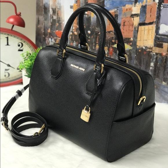 Michael Kors Bags   Mercer Duffle Bag   Poshmark 2e3c8dd675