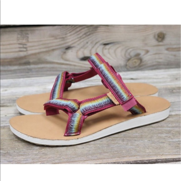 TEVA Womens Original Universal Gradient Pink Black Ombre Sport Sandals US 7 NEW!