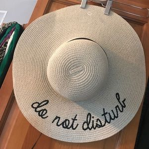 Accessories - DO NOT DISTURB
