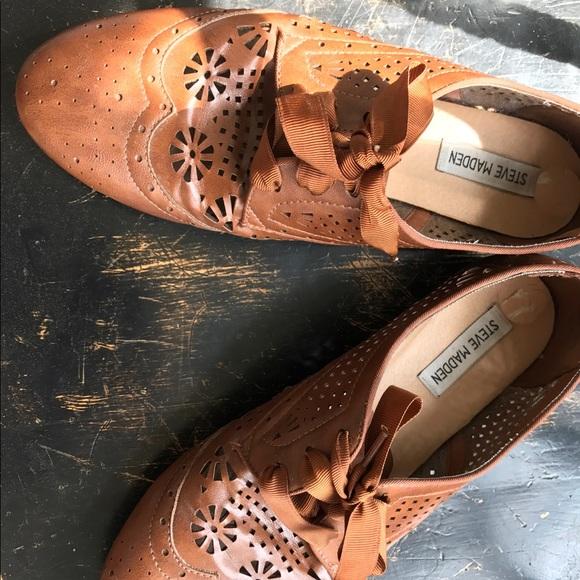eccffa3bd92 Steve Madden Shoes   Luna Lace Up Oxford   Poshmark