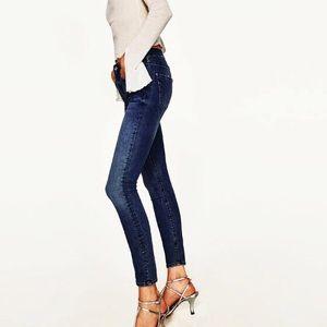 ZARA Woman Skinny Jeans 109711