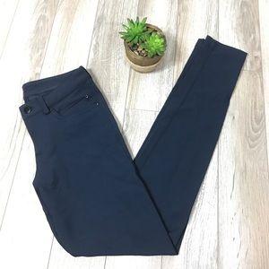 Lululemon Navy Urbanite Skinny Pants