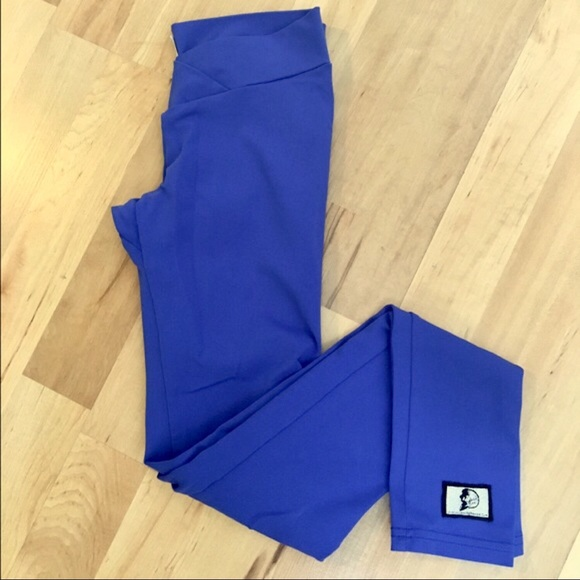 Lululemon athletica - EUC CELESTIAL BODIEZ ROYAL BLUE SCRUNCH LEGGING from Fitu0026fab boutiqueu0026#39;s ...