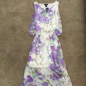 Dresses & Skirts - MOVING SALE! RobertLouis Floral Dress