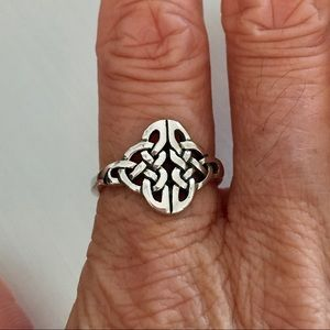 Jewelry - Sterling Silver Celtic Ring