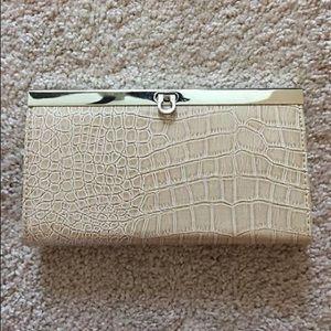 Handbags - Tan clutch/wallet