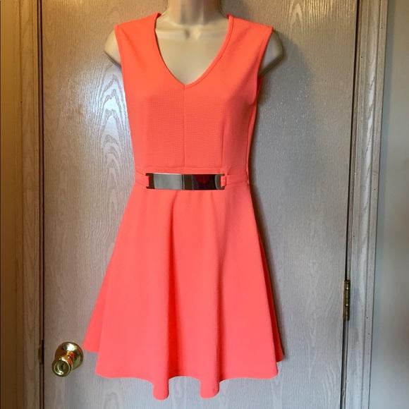 Hypnotik Dresses & Skirts - Cute! Bright orange summer dress - small