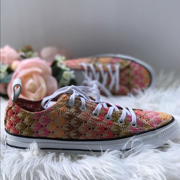 b1462503b57a2d Converse Missoni OX Multicolor WMNS. AUTHENTIC. NWT