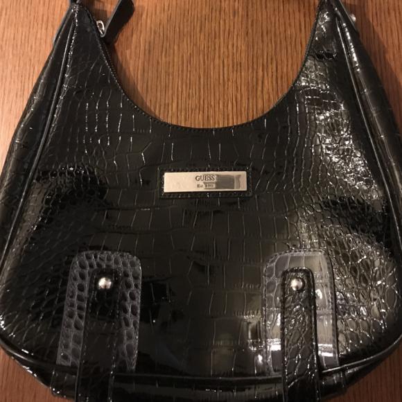 9f2674a297b3 ... Guess Tote Handbag Black Faux Patent Leather the latest e4bc8 9b823 ...