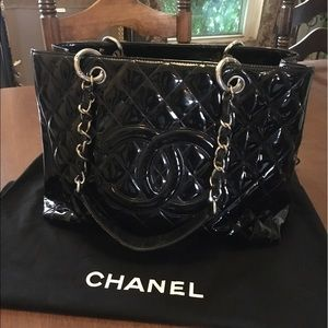 100% authentic Chanel gst tote
