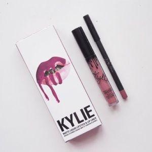 BNWB Kylie Cosmetics Lip Kit in Poise K