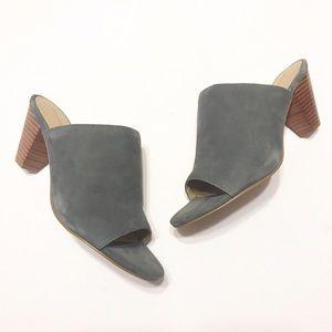 CCO! Adrienne Vittadini Pyle Sandal in Granite