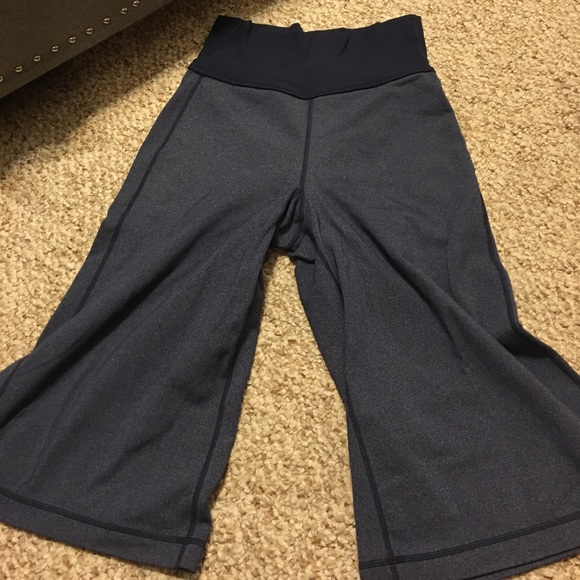 8ec0fc3e9 lululemon athletica Pants