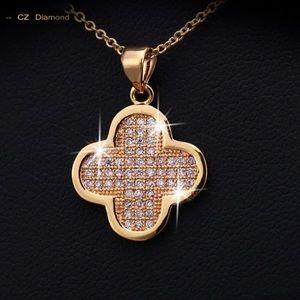 Jewelry - Zirconia Diamond Necklace