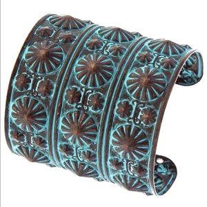 Jewelry - Patina CONCHO • Metal Wrist Cuff