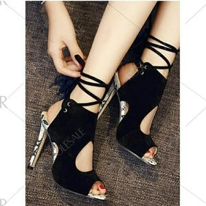 Peek toe shoes