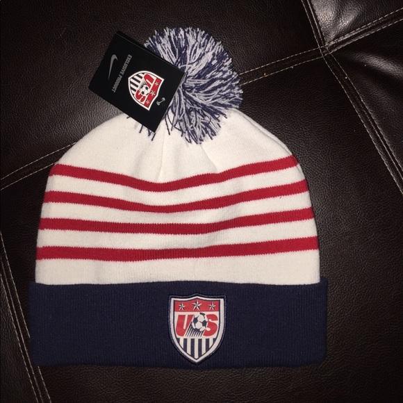 Nike USA soccer usmnt uswnt beanie hat cap head c651efb26b36