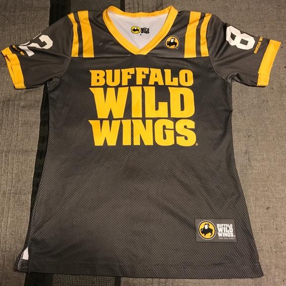 f781ccf87 Buffalo Wild Wings Tops - 💛Buffalo Wild Wings Jersey🖤
