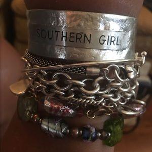 Jewelry - Southern Girl Silver • Metal Wrist Cuff