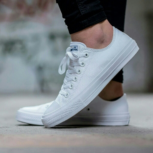 85dec613cbc0be Converse Chuck II White Low Top w  Nike Lunarlon