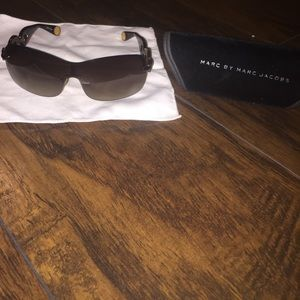 Marc by Jacobs sunglasses 😎