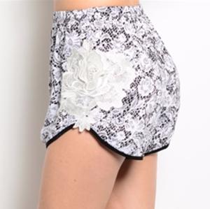 Pants - Crochet detail shorts
