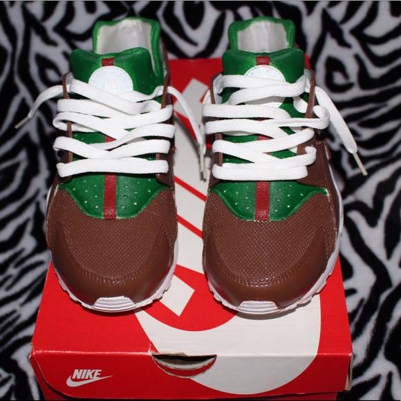 3d8ac4abe240f Nike Gucci Custom Huarache. M 5960802aea3f36f6e9029b25